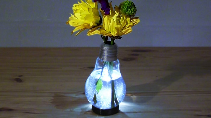 DIY-lightbulb-lamp-novate1