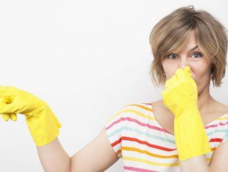 Как-устранить-неприятный-запах-из-канализации