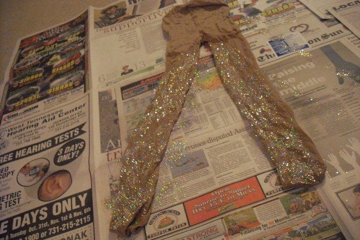 diy-glitter-tights-novate7