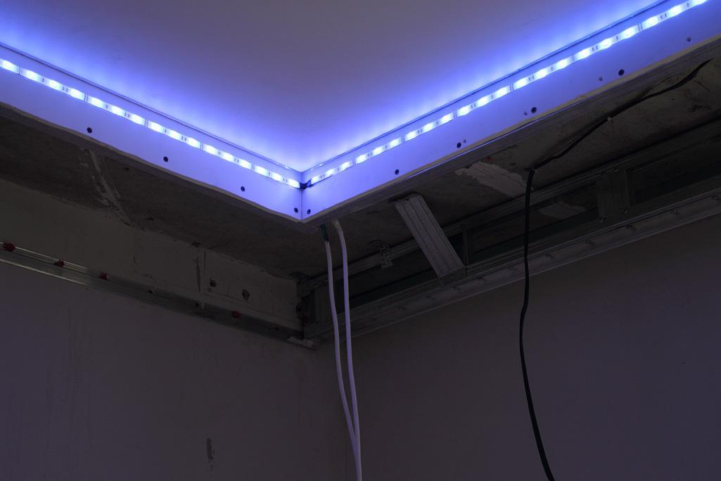 Подсветка потолка своими руками фото