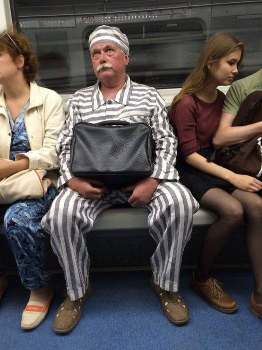 modniki-v-metro-5