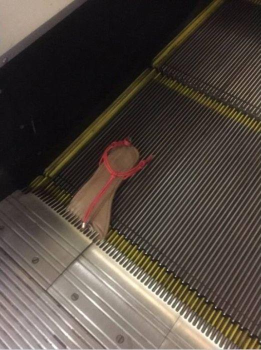 escalators_07
