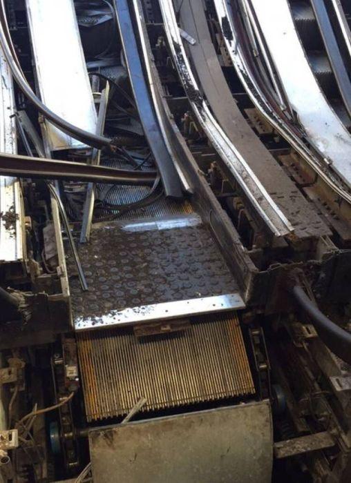 escalators_09