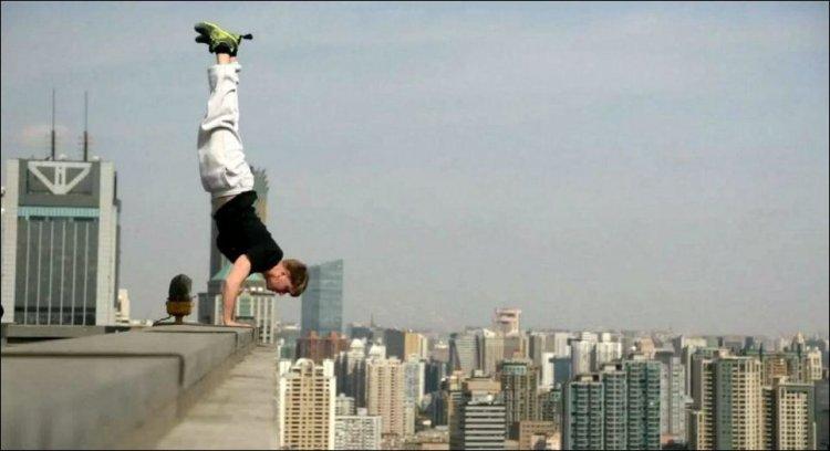 extreme_handstand_003