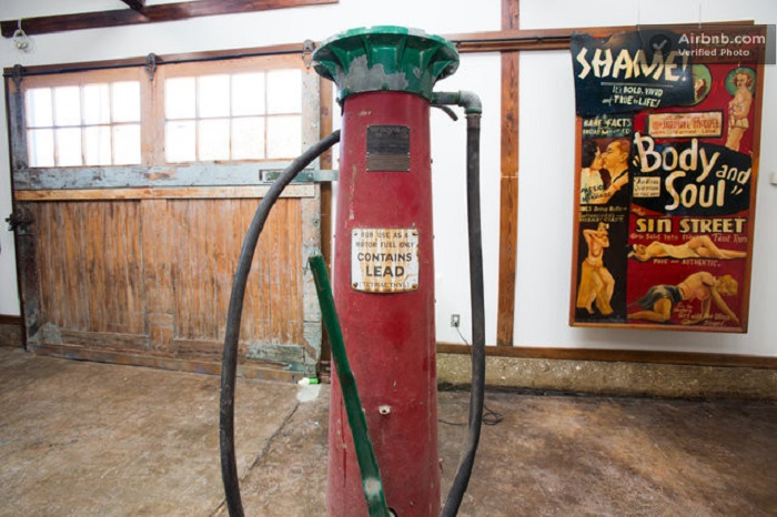 old-gas-station-house2